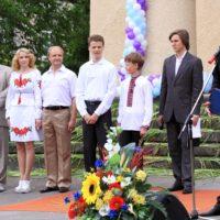 Представники влади вітають церкву з ювілеєм