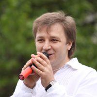 Oleg Mayovsky - a singer, a composer